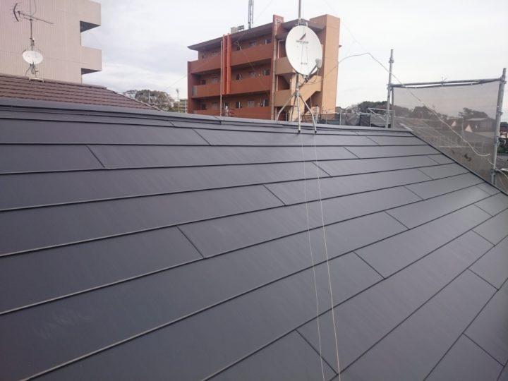フッ素加工高耐久タイプ(断熱材有)屋根リフォーム