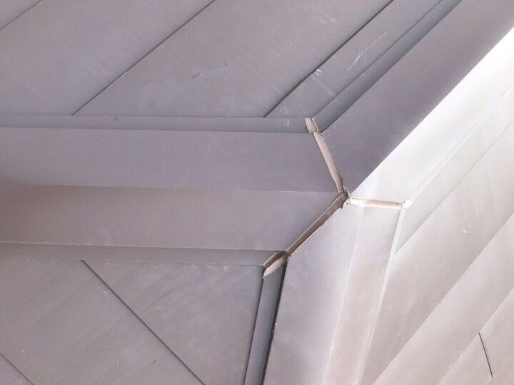 屋根材ジョイント処理