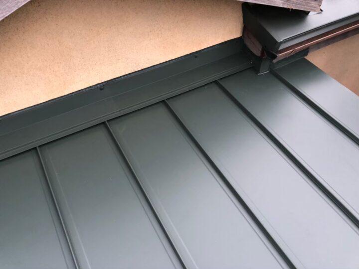 【瓦棒屋根】屋根材設置